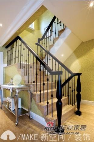 欧式 跃层 楼梯图片来自用户2746869241在7万营造130平欧式风格跃层59图片