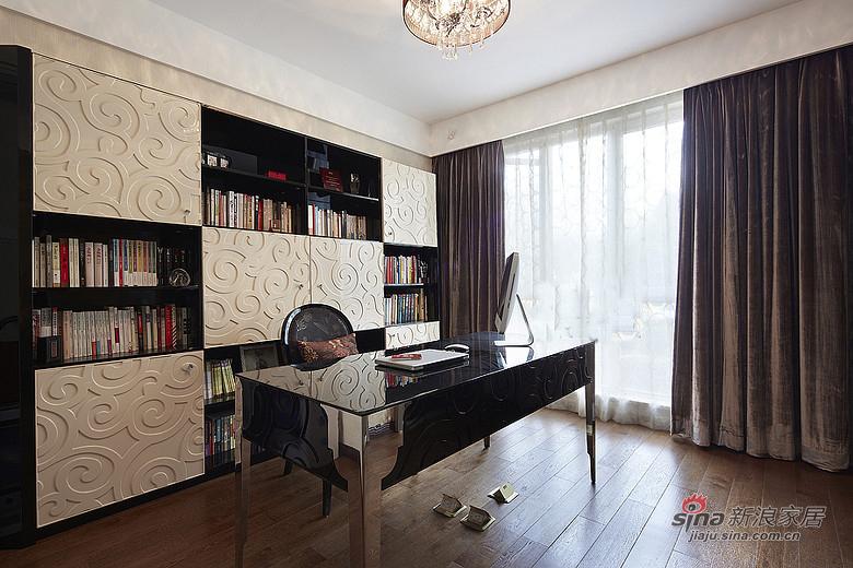 混搭 三居 书房图片来自装修微日记在【高清】165平后现代古典混搭时尚3居室17的分享