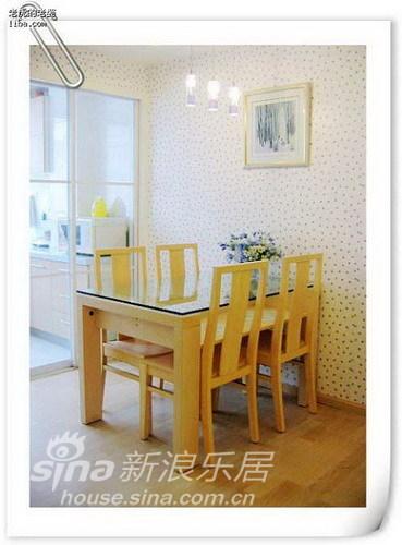 简约 二居 餐厅图片来自用户2737950087在5万简装113平舒适大方浅色系三口之家87的分享