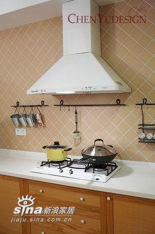 简约 四居 厨房图片来自用户2557010253在满屋尽吹清凉风 清新雅致的田园风格家居48的分享