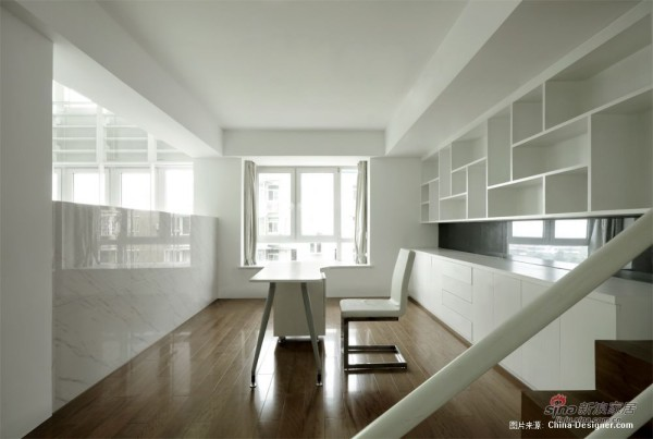 204平公寓 白居.忆