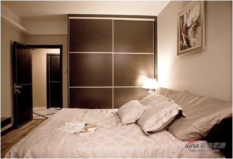 简约 三居 卧室图片来自用户2739081033在黑白印象87的分享