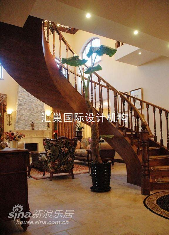 田园 别墅 楼梯图片来自用户2737946093在中海瓦尔登湖别墅(乡村风情)75的分享