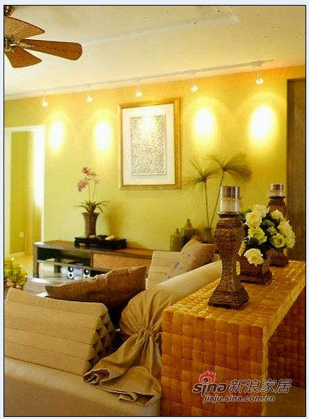 简约 二居 客厅图片来自用户2738093703在80后小夫妻大晒实景简约图67的分享