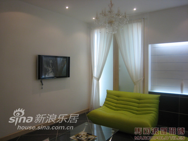 地中海 四居 客厅图片来自用户2757320995在现代前卫风格-马可波罗53的分享