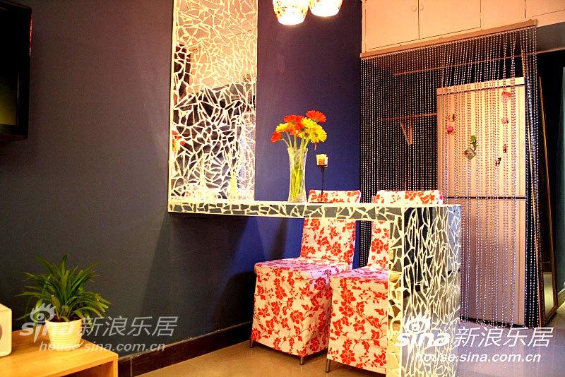 简约 一居 餐厅图片来自用户2737782783在两个人的地中海---CCTV2《交换空间》作品75的分享