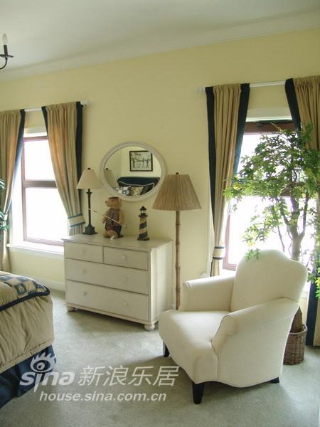 简约 一居 客厅图片来自用户2737782783在新古典主义 观唐260平米58的分享