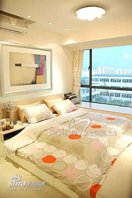 简约 二居 卧室图片来自用户2738093703在属于两个人的76平米样板间11的分享