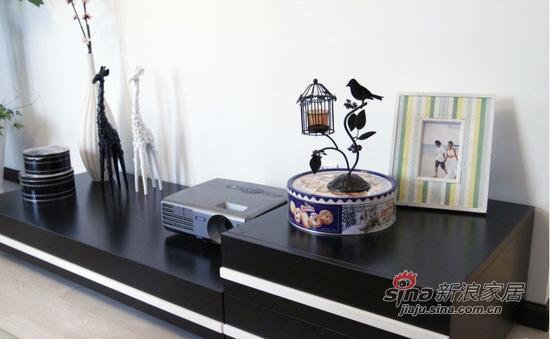 地中海 三居 客厅图片来自用户2757320995在110㎡新婚装房简约风的无敌色彩蜕变53的分享