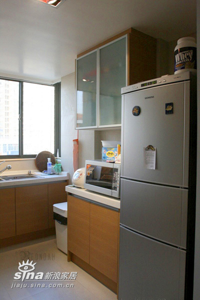 简约 二居 厨房图片来自用户2557010253在22万装77平精彩简约2居 附实景图和装修清单(4)80的分享