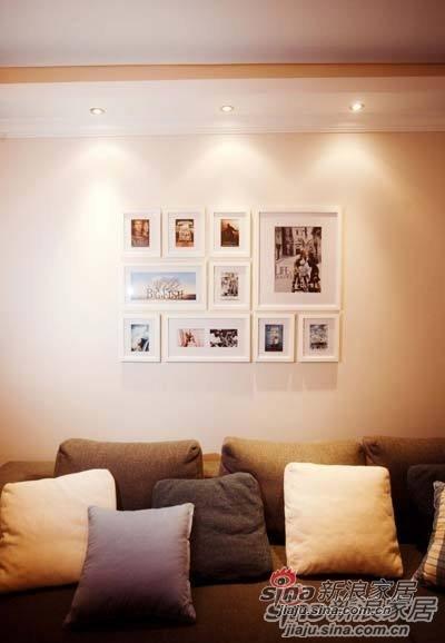 混搭 一居 客厅图片来自用户1907689327在80后夫妻省钱巧装90平美式田园风格70的分享