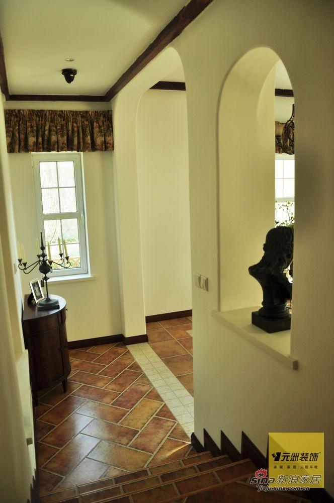 欧式 别墅 玄关图片来自用户2772873991在【多图】远洋傲北380平米欧式风格设计97的分享