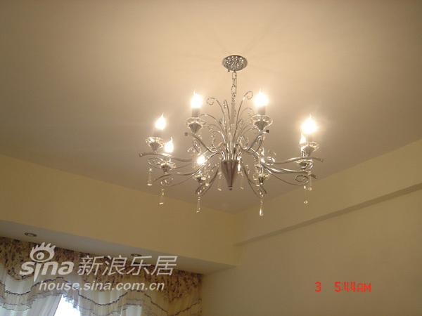 简约 一居 客厅图片来自用户2738820801在上班族的小小家 装载大大梦想25的分享