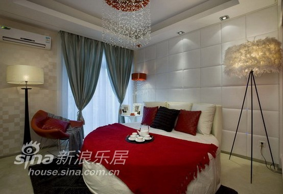 简约 三居 卧室图片来自用户2558728947在中远两湾城--璀璨天成45的分享