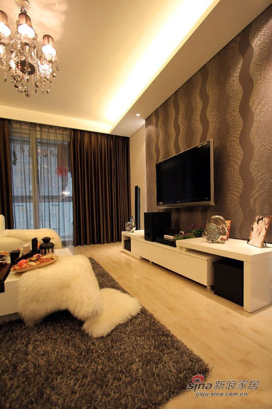 简约 三居 客厅图片来自佰辰生活装饰在11万打造85平低调温馨时尚居21的分享