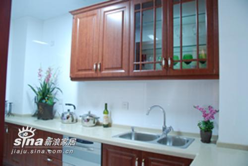 中式 三居 厨房图片来自用户2757926655在湖景一号中式样板间46的分享