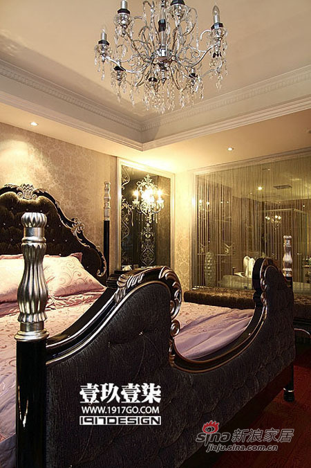 欧式 三居 卧室图片来自用户2772873991在228平弥漫奢华本质美宅219的分享