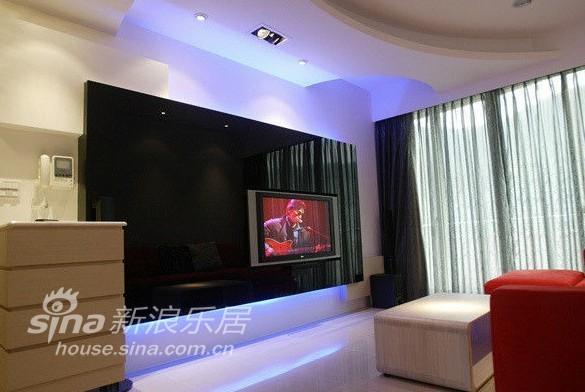欧式 跃层 客厅图片来自用户2757317061在美庭80的分享