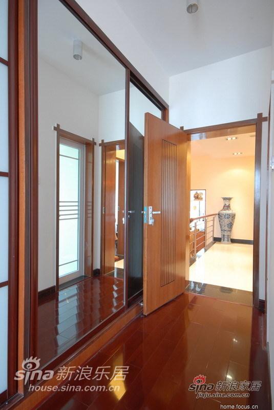 简约 三居 客厅图片来自用户2737735823在张亚芳15的分享