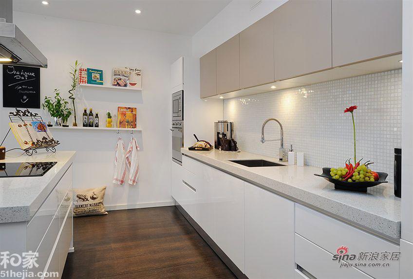 简约 一居 厨房图片来自用户2738093703在打造欧式温馨情调小户型25的分享