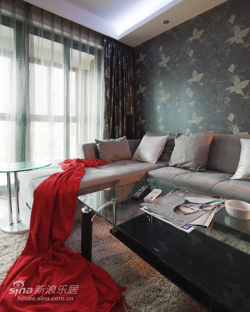 简约 一居 客厅图片来自用户2738813661在美颂巴黎 简约70的分享