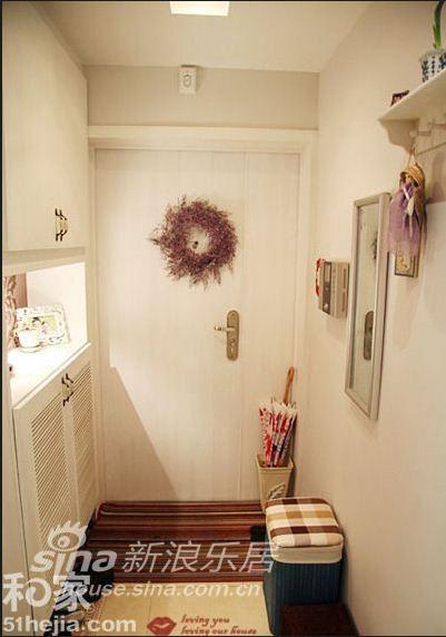 其他 三居 客厅图片来自用户2737948467在白色混搭 三室两厅时尚家30的分享