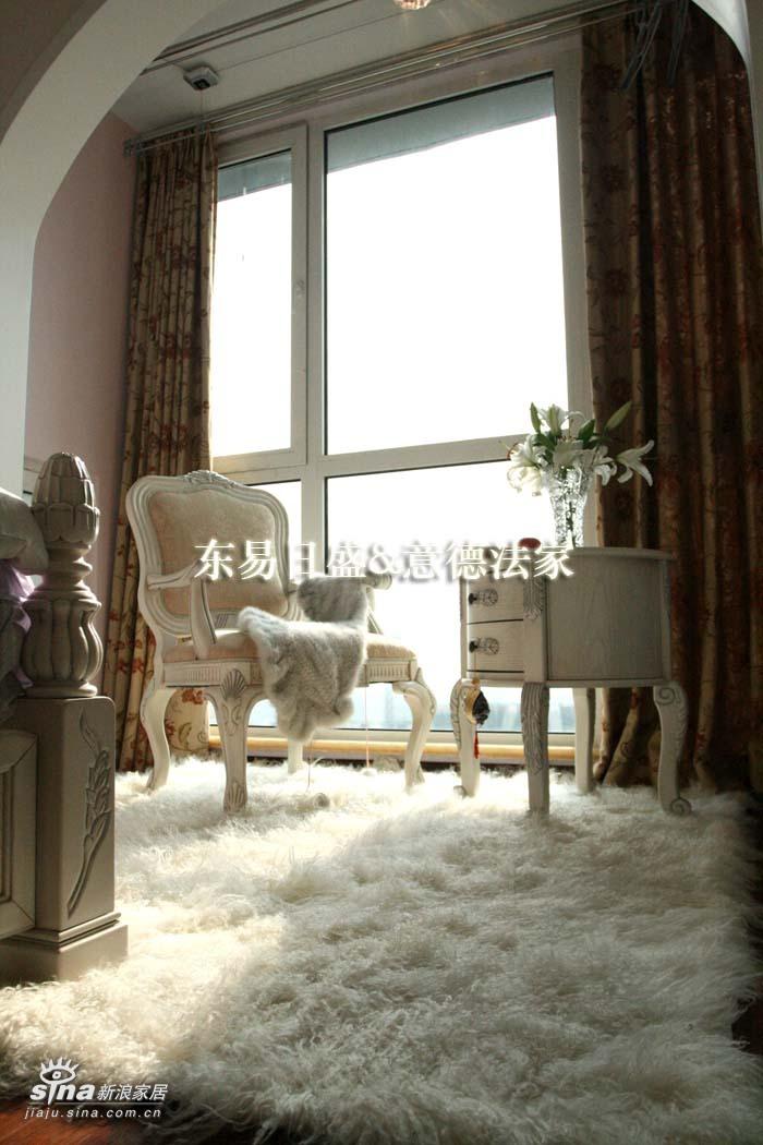 简约 二居 卧室图片来自用户2557010253在东方雅苑86的分享