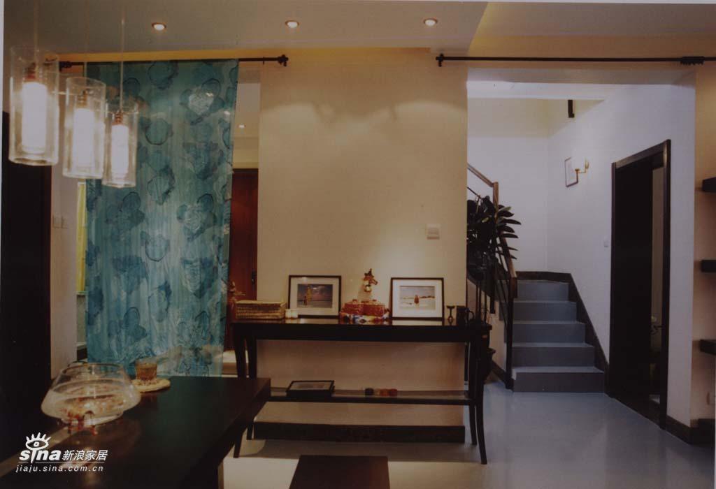 欧式 二居 餐厅图片来自用户2746953981在轻舟总设计部37的分享