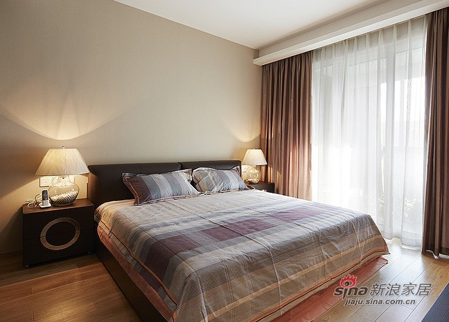 中式 三居 卧室图片来自用户1907658205在夫妻20万打造102平中式3居室60的分享