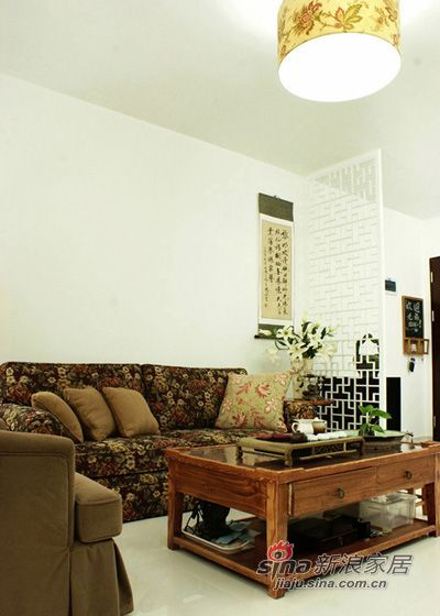 中式 三居 客厅图片来自用户1907659705在110平中式3居幽兰小东方48的分享