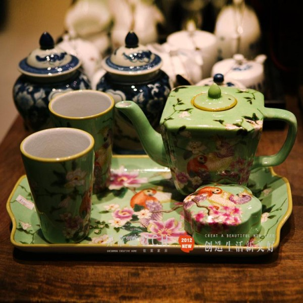 复古的茶具