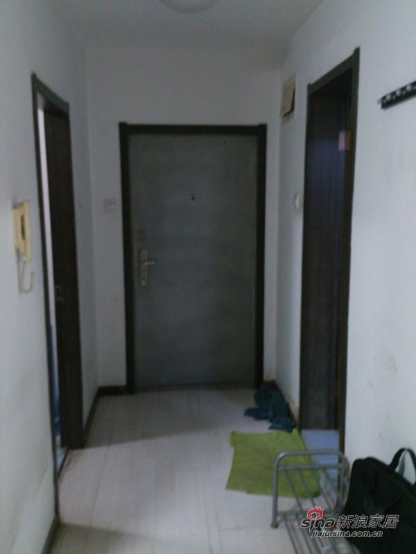 装修前门厅