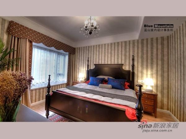 美式 二居 卧室图片来自用户1907686233在10万混搭小资英伦风情2居64的分享