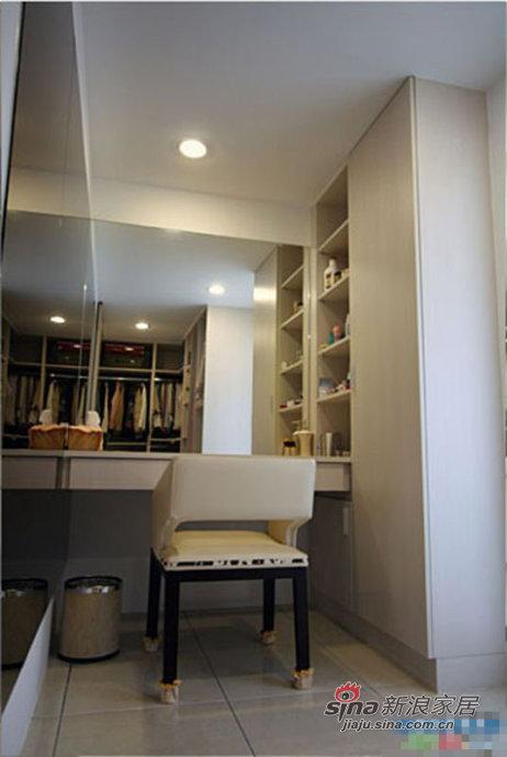 简约 三居 书房图片来自用户2737782783在5万精心装修95平简约宜家风格美家16的分享