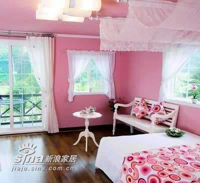 欧式 一居 卧室图片来自用户2746889121在小资女人45平 灵动精致公主房68的分享