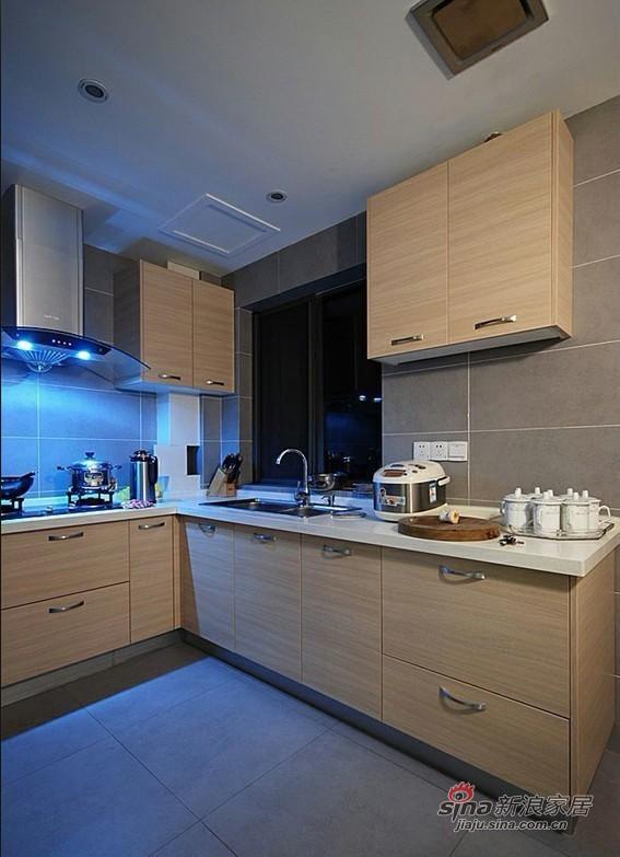 简约 二居 厨房图片来自用户2737735823在4.8万装83平清新简约2居室81的分享