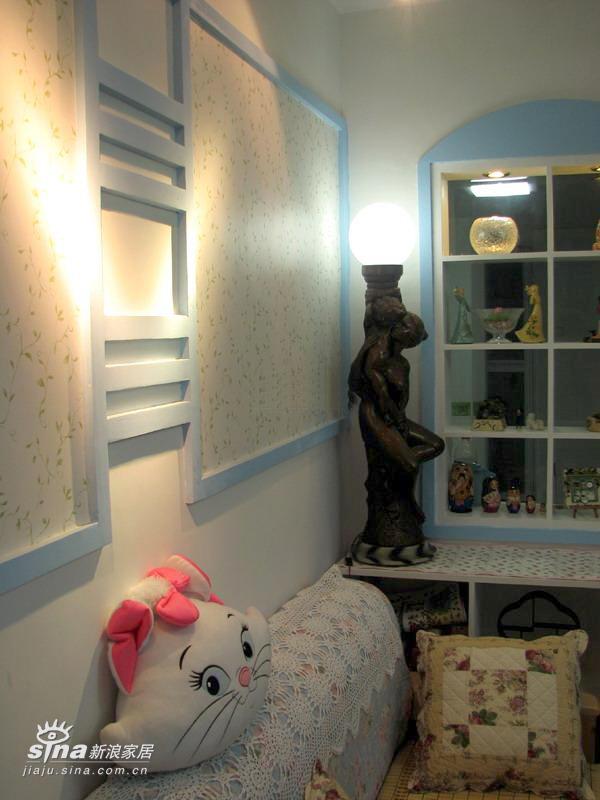 简约 二居 客厅图片来自用户2738829145在90平方两房 12万装精致芭比小筑(1)22的分享