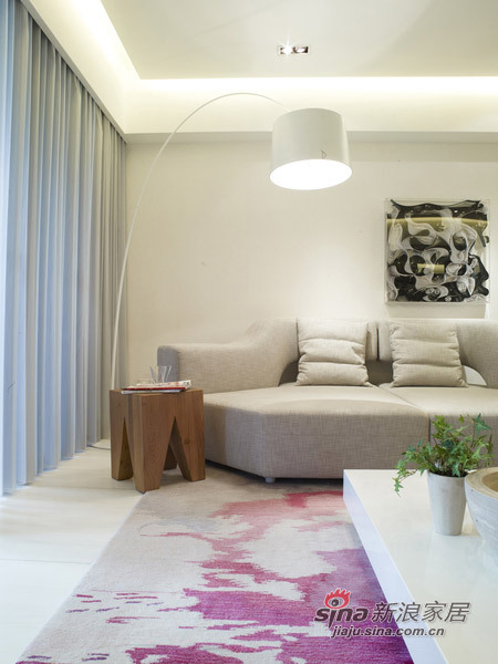 欧式 三居 客厅图片来自用户2745758987在230㎡白与简——锦园样板房55的分享
