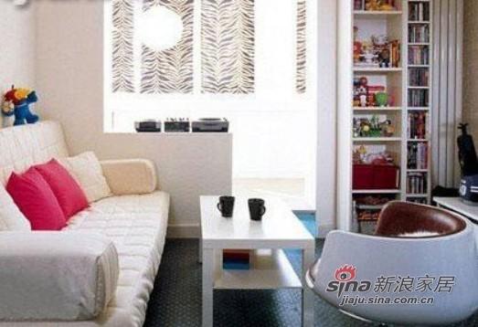 小空间里如果家具设计太过花哨可能会产生凌