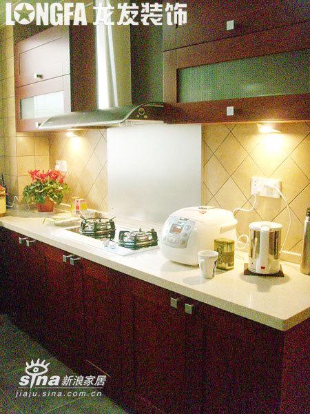 欧式 跃层 厨房图片来自用户2745758987在简欧风格之经典跃层95的分享
