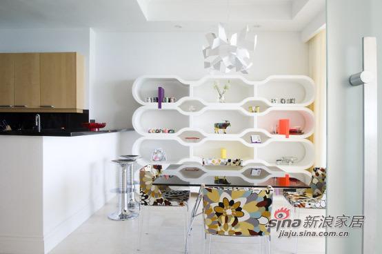简约 三居 餐厅图片来自用户2558728947在210平舒适温馨白色酷玩地带50的分享