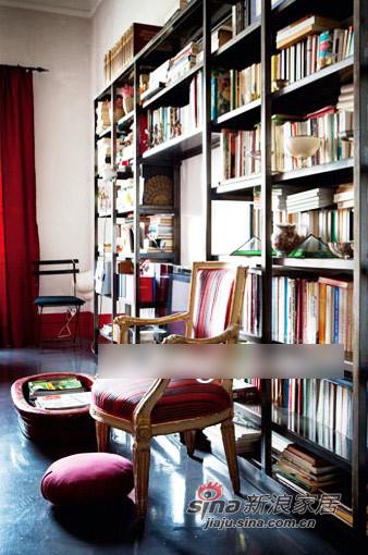 其他 三居 书房图片来自用户2558746857在深灰与红--厚重浓郁的东方风格93的分享