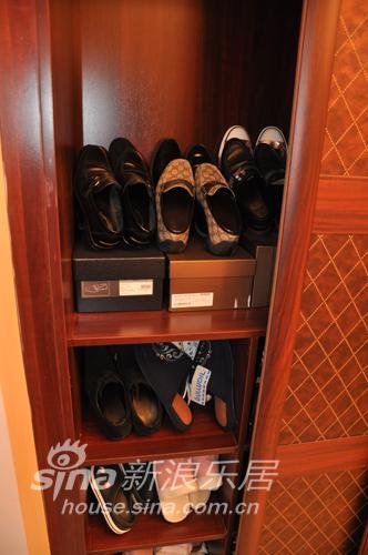 田园 四居 客厅图片来自用户2737791853在同济经典18的分享