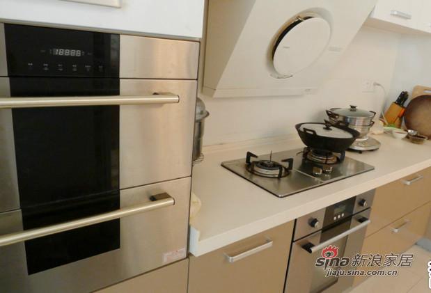 简约 二居 厨房图片来自用户2737786973在孝顺女18万打造160平温馨房12的分享