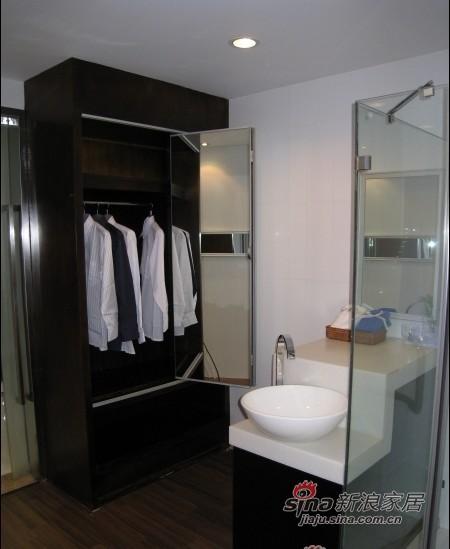 简约 一居 卫生间图片来自用户2558728947在4万打造50平米一居室现代简约时尚风格63的分享