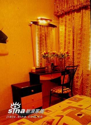 其他 二居 卧室图片来自用户2557963305在江西省九江市国家安居工程湖滨小区68的分享