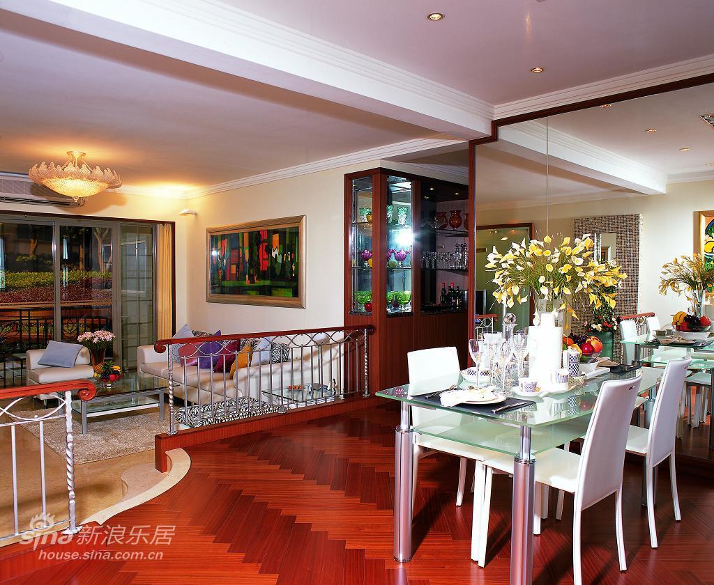 地中海 复式 餐厅图片来自用户2757320995在凸显奢华的异域风情64的分享