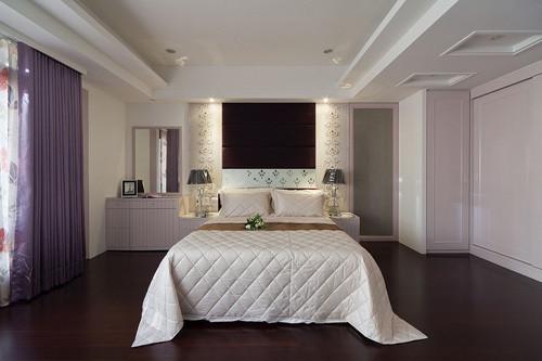 欧式 三居 卧室图片来自用户2746948411在11.3万铸造简欧奢华三居室35的分享