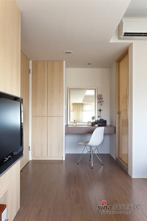 简约 二居 卧室图片来自用户2737950087在5.7万装118平简约收纳大两居室45的分享