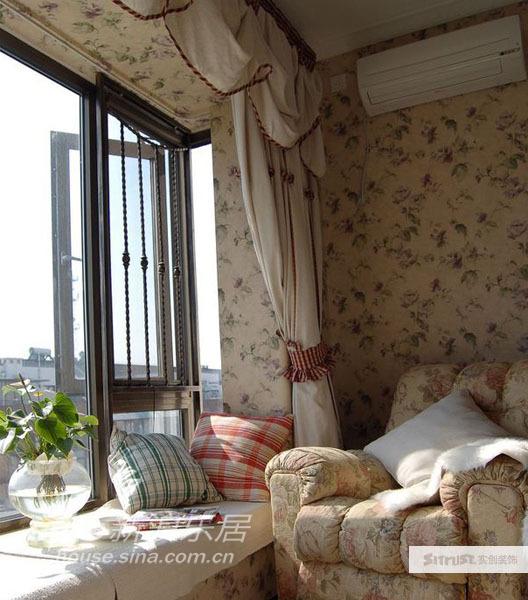 欧式 别墅 客厅图片来自用户2746889121在田园风格美式乡村别墅实景照片66的分享